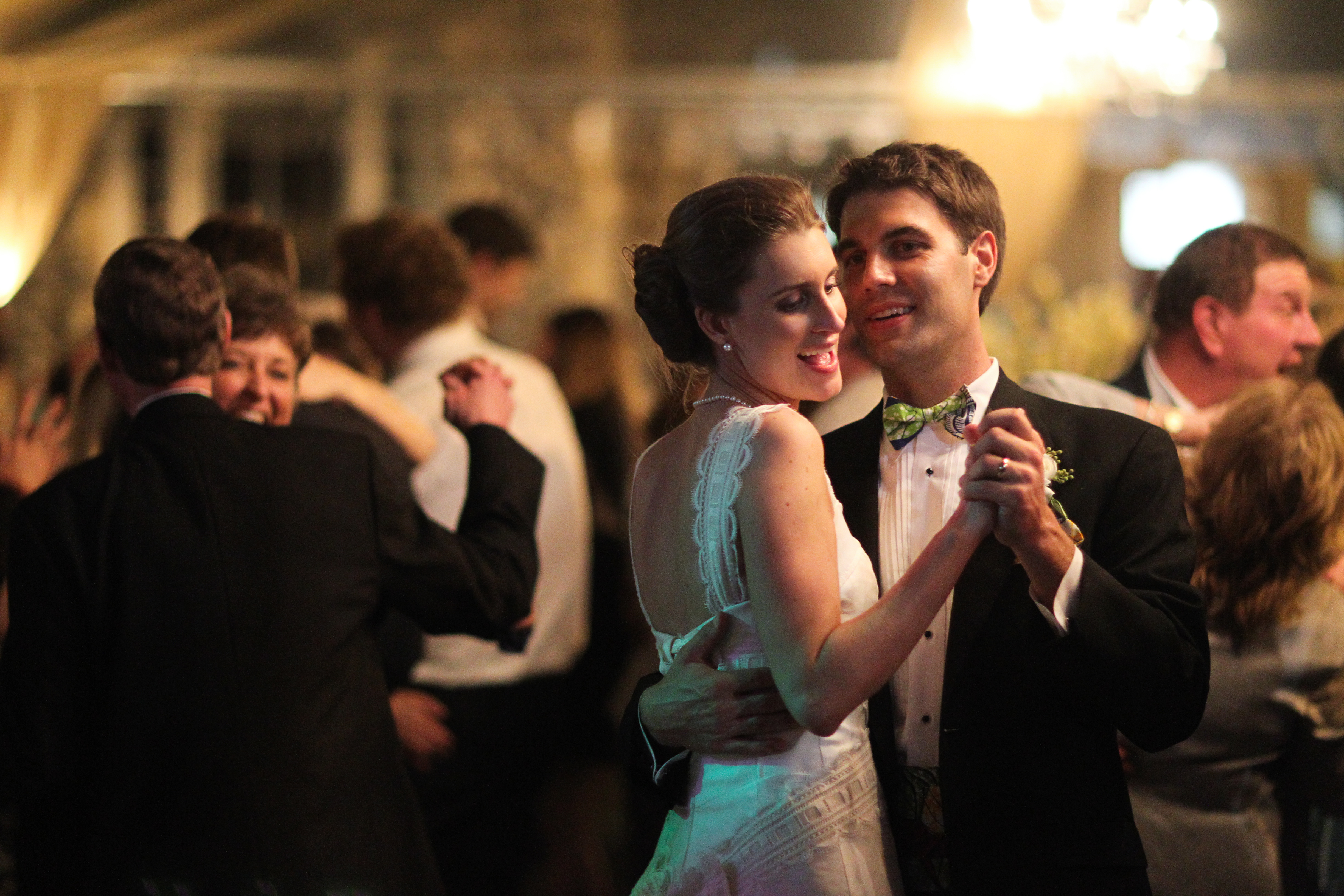 how to slow dance for the first time